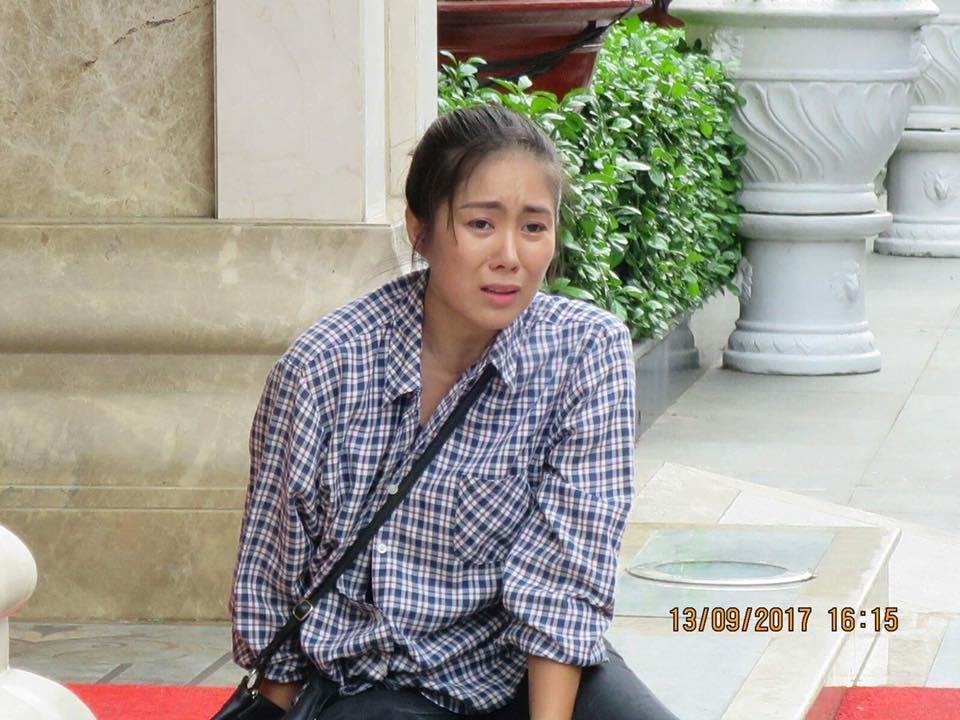 Tin sao Việt 14/9: Lê Phương khóc nức nở khi thấy cuộc đời mình lên phim-1