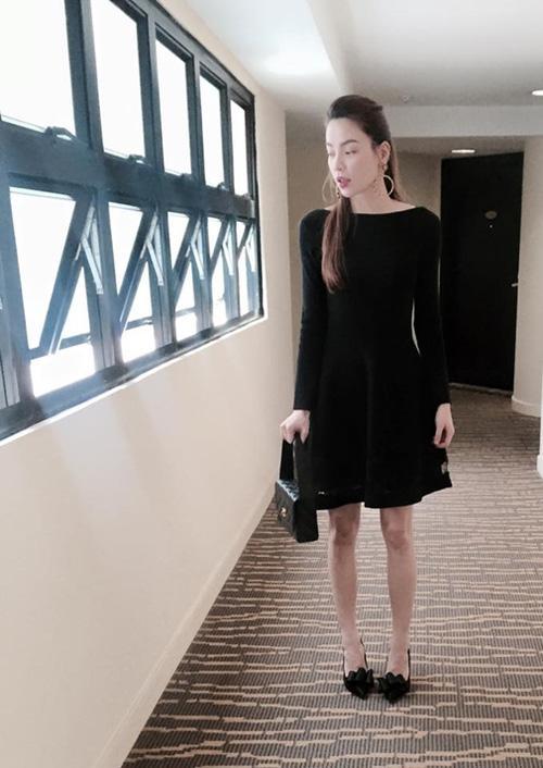 Nhiều mỹ nhân Việt sở hữu đôi chân tong teo gây ám ảnh không thua kém Cao Ngân-3
