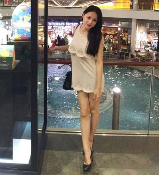 Nhiều mỹ nhân Việt sở hữu đôi chân tong teo gây ám ảnh không thua kém Cao Ngân-10