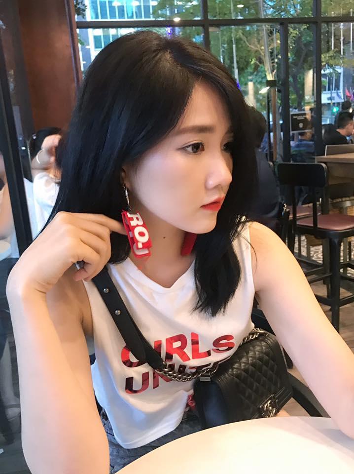 Hot girl - hot boy Việt 15/9: Đôi bạn trẻ Phở - SunHt rủ nhau đi trốn ở Singapore-8