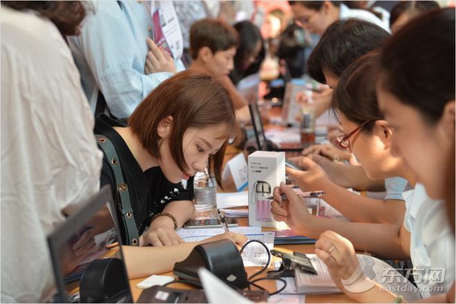 Ngày nhập học, lò đào tạo minh tinh hàng đầu Trung Quốc toàn thấy trai đẹp gái xinh-8