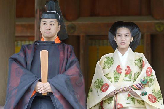 Ngôn tình hoàng gia Nhật: 3 nàng công chúa sẵn sàng từ bỏ tước vị vì tình yêu-7