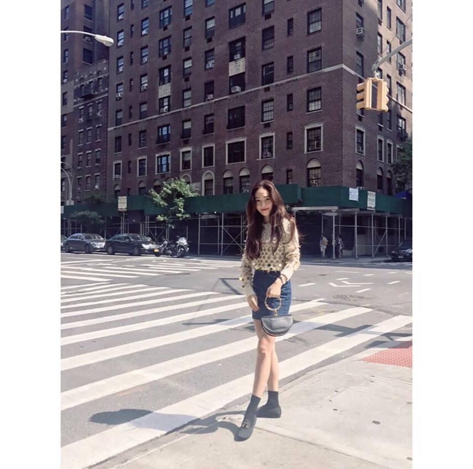 Park Shin Hye - Jessica diện street style cực chất trong Tuần lễ thời trang New York-8
