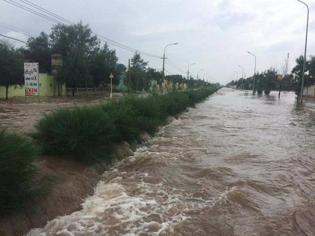 Bão số 10 quét qua, nhiều tỉnh thành ở Việt Nam thất thủ-9