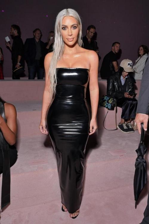 Kiểu váy áo ngạt thở làm cô Kim siêu vòng 3 phô 3 vòng siêu tưởng-1