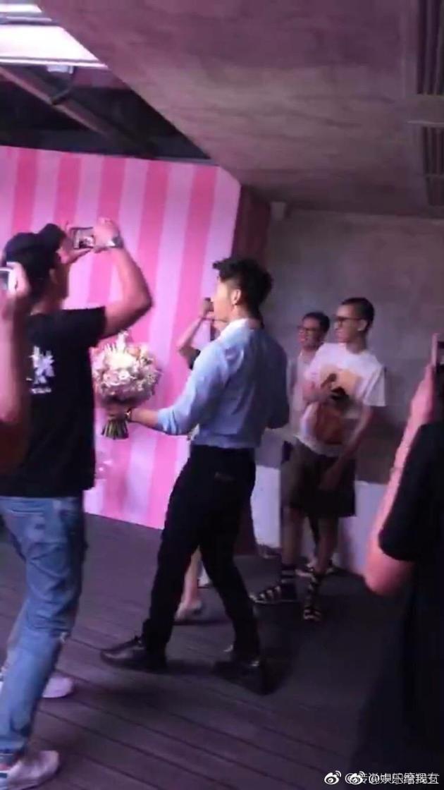 HOT: Cuối cùng Lý Thần cũng cầu hôn Phạm Băng Băng thành công sau 2 năm hẹn hò-4