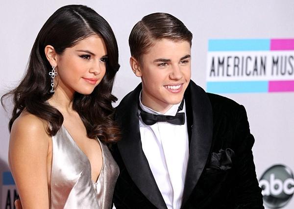 Selena Gomez: Đằng sau ánh hào quang là trầm cảm, bệnh tật-2