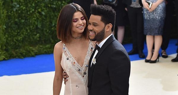 Selena Gomez: Đằng sau ánh hào quang là trầm cảm, bệnh tật-5