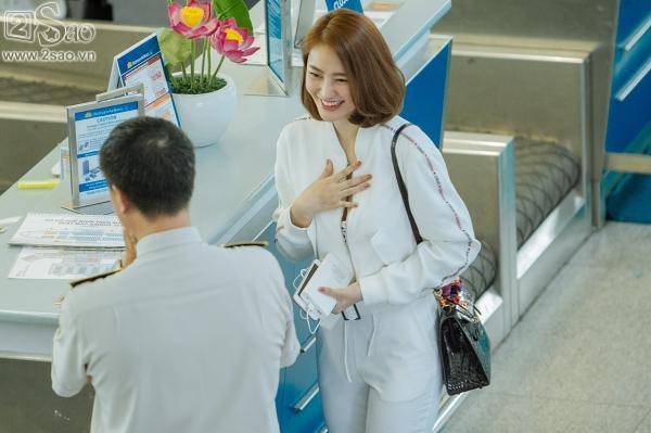 Độc Quyền: Ái tình khắc khoải, Linh Chi chọn cách ra nước ngoài đón sinh nhật trong đơn côi-10