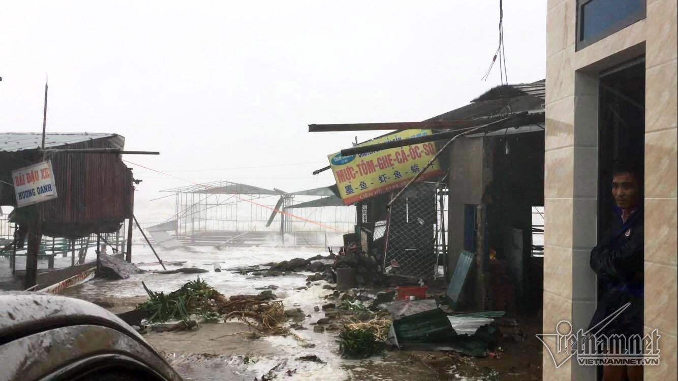 10 tiếng giáp mặt mắt 'siêu bão' tại Vũng Áng-1