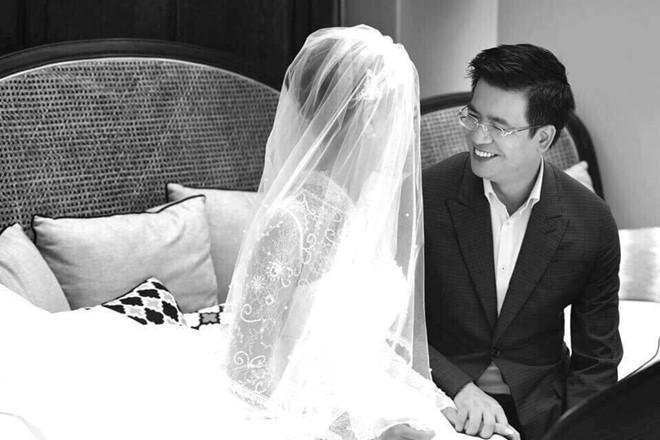 Lộ ảnh cưới của giám đốc VTV24 Quang Minh và nữ nhà văn 8X-1