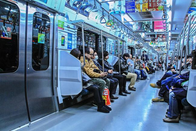Các phương tiện giao thông ở Nhật Bản du khách đi bụi cần lưu ý-3