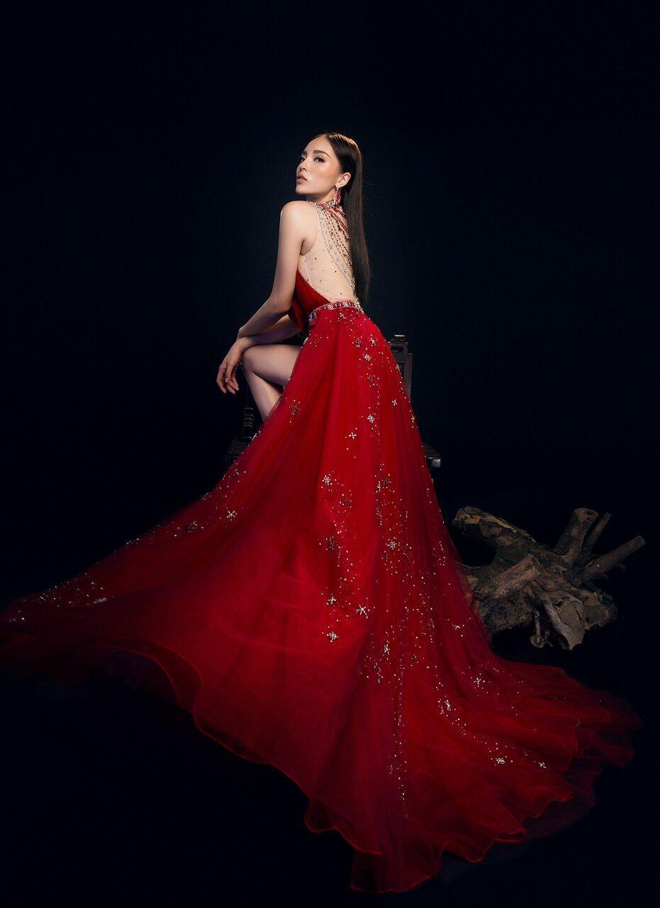 Đụng độ váy áo, Hoa hậu Kỳ Duyên vẫn chặt đẹp Hoa khôi Lan Khuê-8