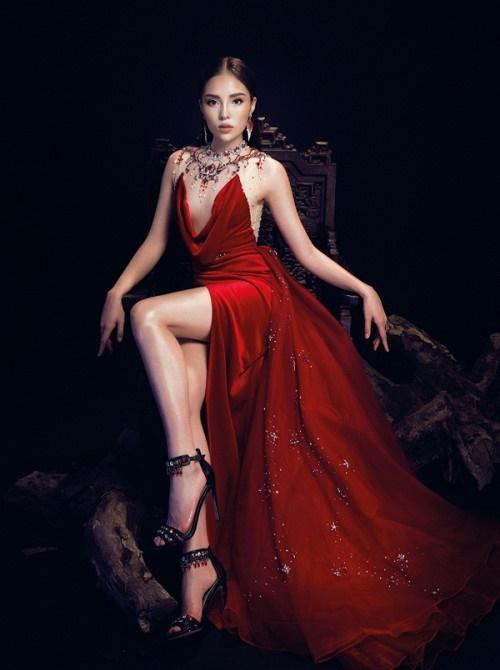 Đụng độ váy áo, Hoa hậu Kỳ Duyên vẫn chặt đẹp Hoa khôi Lan Khuê-9