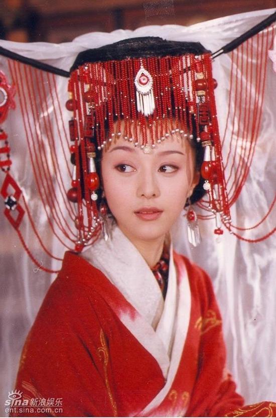 Trước khi được Lý Thần cầu hôn, Phạm Băng Băng từng 5 lần làm cô dâu tuyệt sắc-5