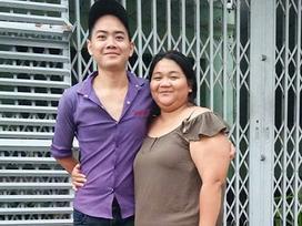 Bí mật phía sau chuyện tình 5 năm của cặp đôi 'đũa lệch' đứng bên nhau như mẹ và con trai