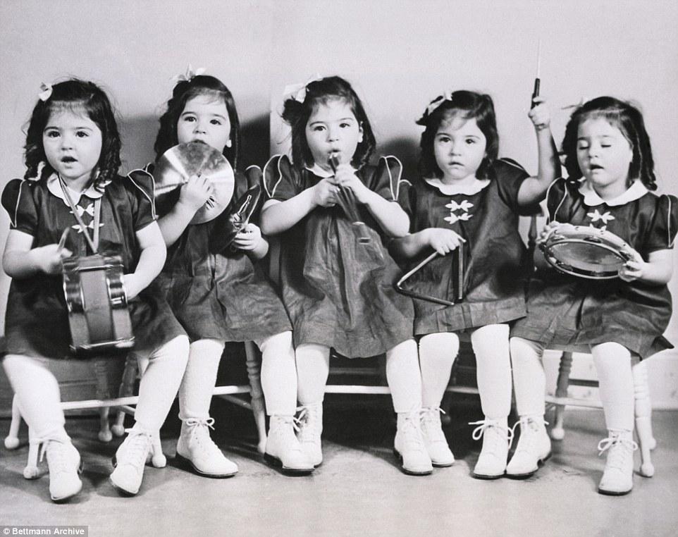 Cuộc đời đầy biến cố của 5 bé gái xinh xắn trong ca sinh 5 đầu tiên trên thế giới-3