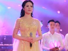 'Hoa khôi Sao Mai' Thùy Dung khiến khán giả rơi lệ ngày trở lại