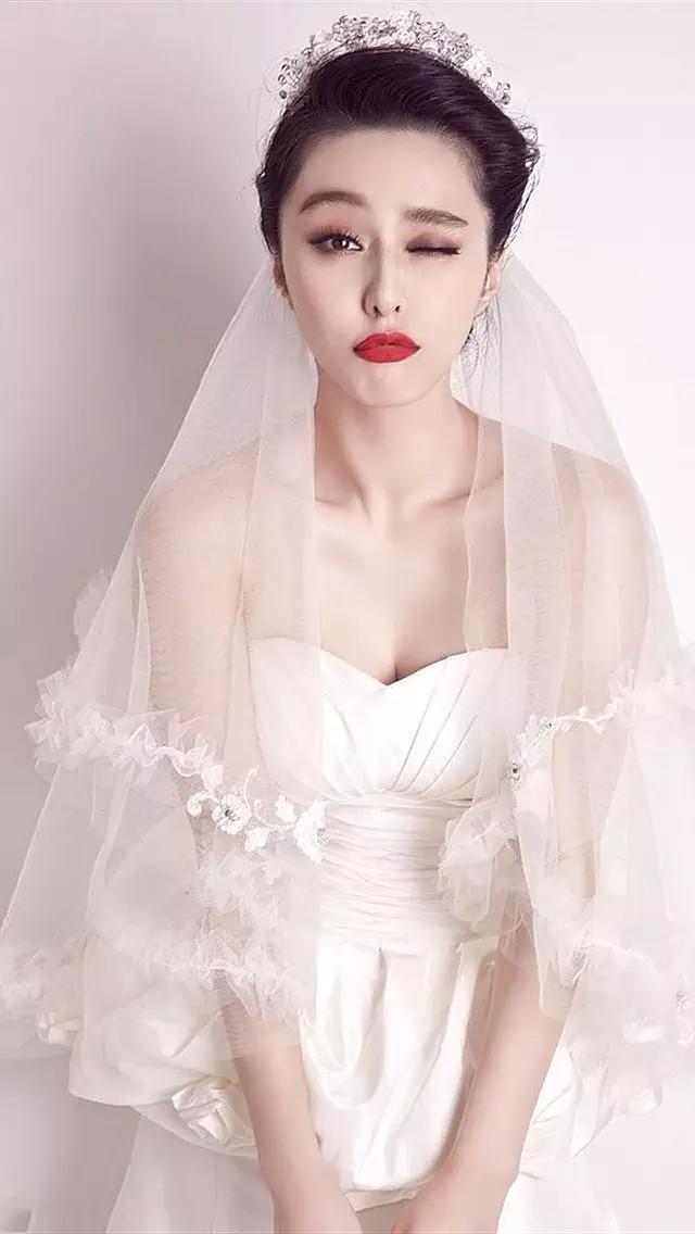 Trước khi làm cô dâu của Lý Thần, Phạm Băng Băng từng nhiều lần mặc váy cưới đẹp xuất sắc-1