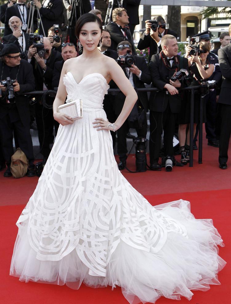 Trước khi làm cô dâu của Lý Thần, Phạm Băng Băng từng nhiều lần mặc váy cưới đẹp xuất sắc-7