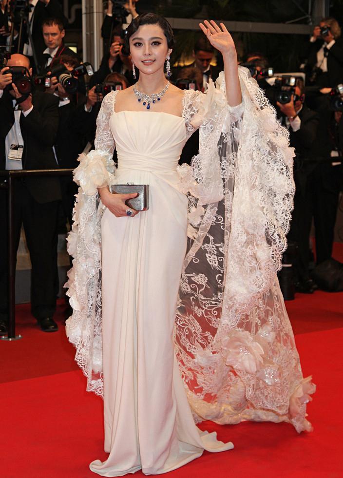Trước khi làm cô dâu của Lý Thần, Phạm Băng Băng từng nhiều lần mặc váy cưới đẹp xuất sắc-10