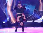 Bước nhảy ngàn cân: Chàng béo xuất thần hóa thân thành nghệ sĩ hài Hồng Vân phiên bản nam-8