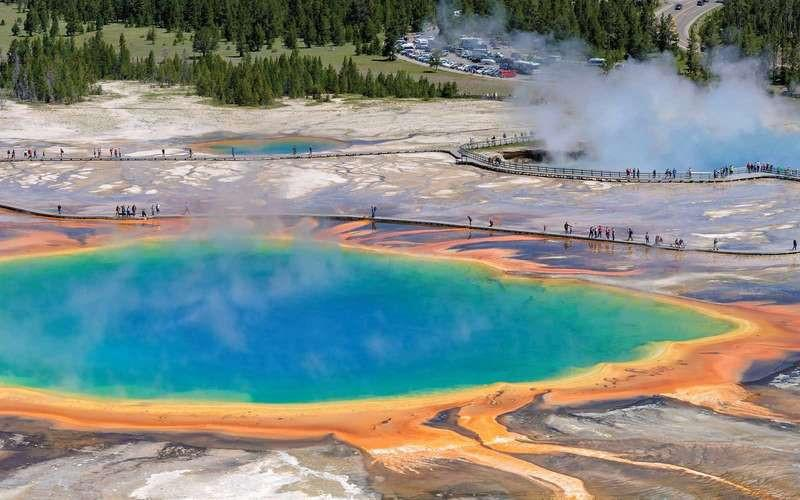 Những điểm du lịch rực rỡ sắc màu tự nhiên-8