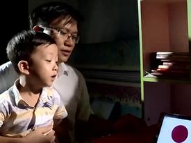 Bật mí cách học của cậu bé 5 tuổi 'đọc vanh vách' gần 50 quốc kỳ trên thế giới