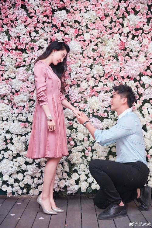 Cận cảnh chiếc nhẫn Lý Thần cầu hôn Phạm Băng Băng: Chưa bao giờ lung linh và hoành tráng đến thế-2