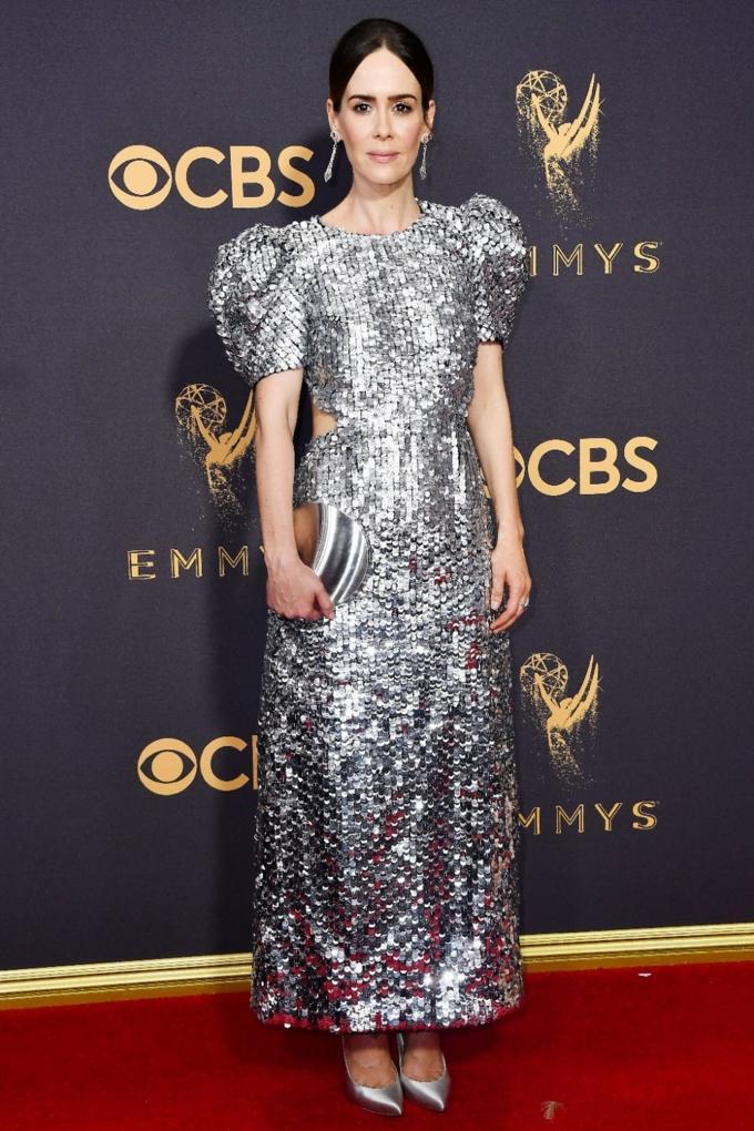 Bước qua tuổi 50, Nicole Kidman vẫn chặt đẹp dàn mỹ nhân trên thảm đỏ Emmy 2017-4