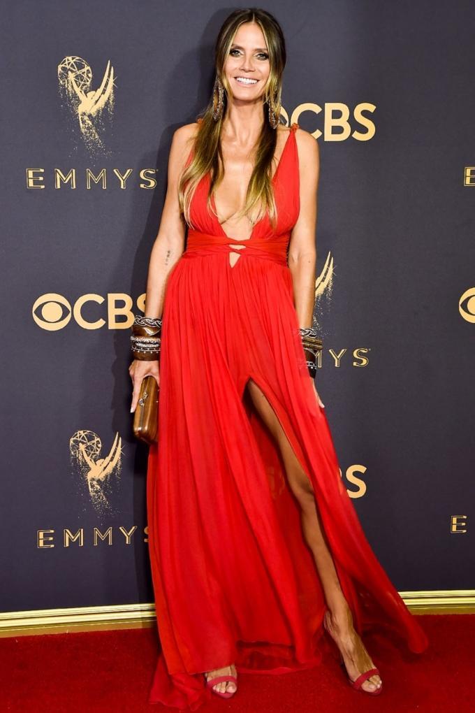 Bước qua tuổi 50, Nicole Kidman vẫn chặt đẹp dàn mỹ nhân trên thảm đỏ Emmy 2017-6