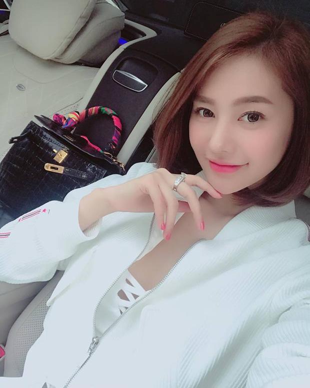 Sau scandal đá Lâm Vinh Hải, Linh Chi khoe nhẫn kim cương 2 tỷ đúng dịp sinh nhật-2