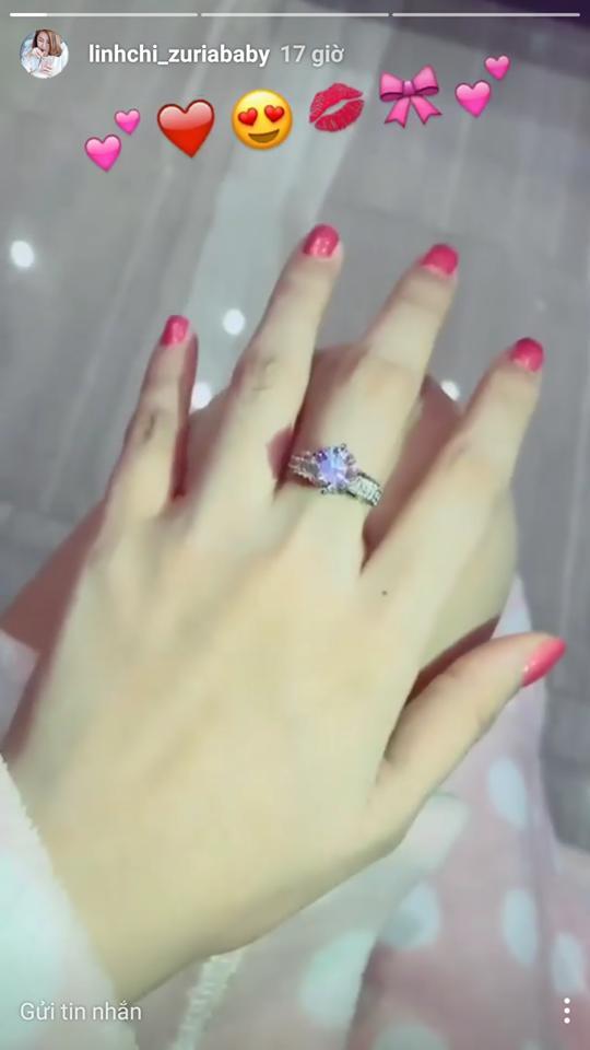 Sau scandal đá Lâm Vinh Hải, Linh Chi khoe nhẫn kim cương 2 tỷ đúng dịp sinh nhật-3
