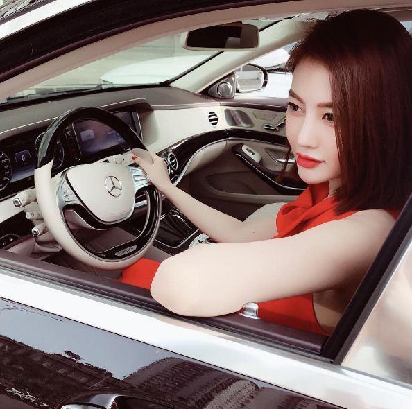 Sau scandal đá Lâm Vinh Hải, Linh Chi khoe nhẫn kim cương 2 tỷ đúng dịp sinh nhật-7