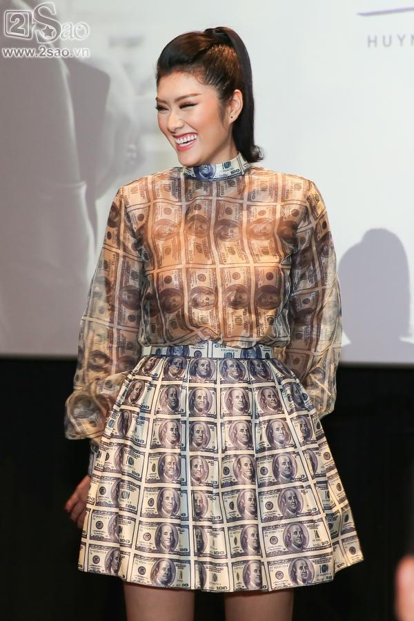Chán dùng đồ hiệu, Huỳnh Tiên chuyển sang mặc đồ thiết kế 10 triệu đồng/ bộ-4