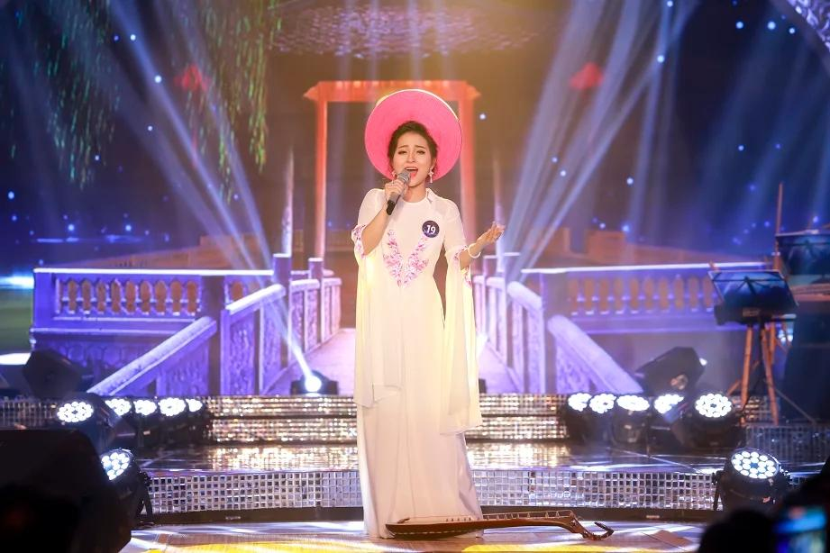 Dân mạng săn lùng 9X xứ Nghệ vừa xinh, vừa hát dân ca ngọt lịm-3