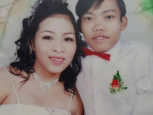 Hạnh phúc đặc biệt của người đàn ông 'tí hon' lấy được vợ cao và nặng gấp đôi mình
