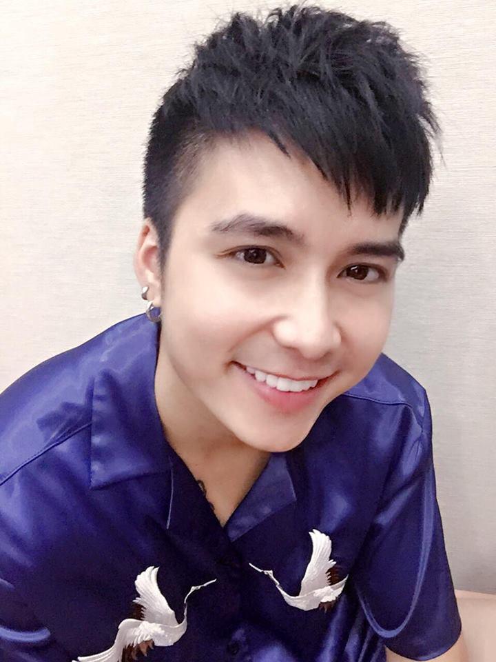 Hot girl - hot boy Việt 19/9: Châu Bùi gây sốt làng thời trang khi mặc crop-top bàn tay hư-13