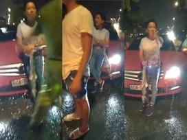 Clip: Trường Giang ướt mèm, say xỉn tranh cãi sau khi va chạm giao thông giữa đêm