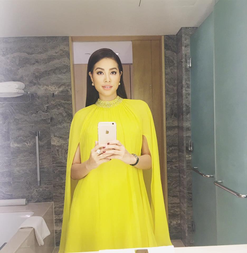 Hoa hậu Phạm Hương đang bị áo dáng cape mê hoặc trong mọi lần xuất hiện-4