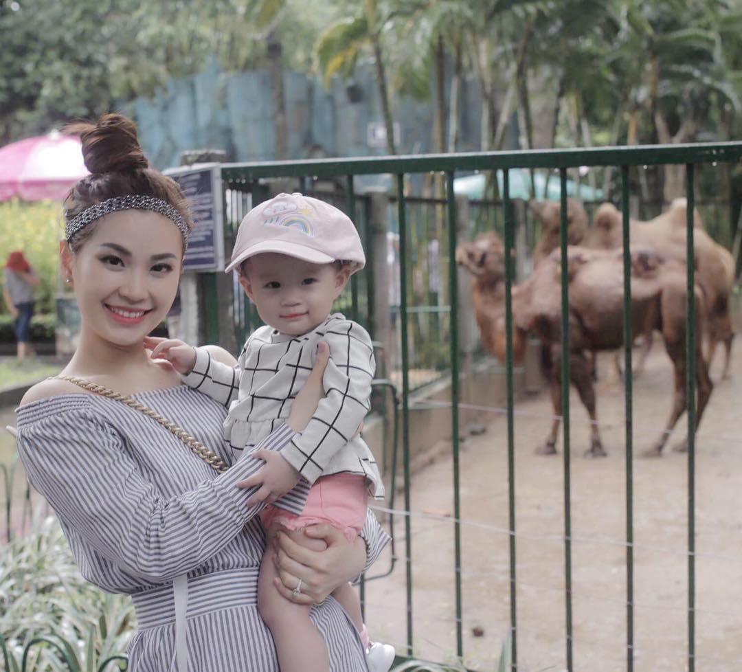 Tin sao Việt 19/9: Angela Phương Trinh lên tiếng khi bị so sánh với Kim Kardashian-13