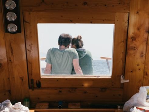 5 dấu hiệu cho thấy bạn chỉ là người thay thế trong tình yêu