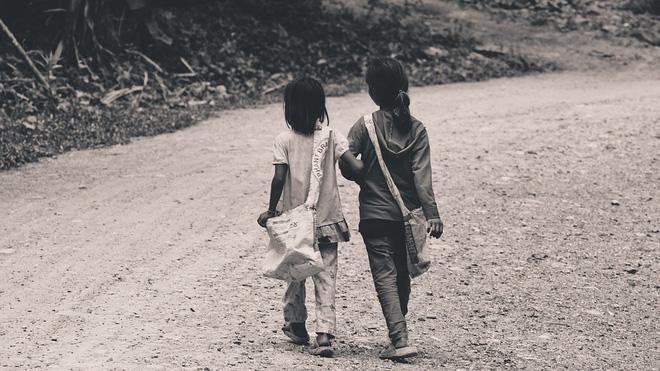 Mắng chị gái vô ơn sau 18 năm được dưỡng dục, cô gái hối hận khi biết chân tướng sự việc!-1