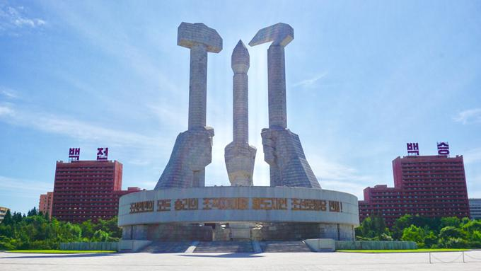 Chuyến đi Triều Tiên thót tim của chàng trai từng vi vu 30 quốc gia-1