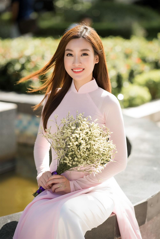 Đỗ Mỹ Linh bất ngờ thăng hạng ngoạn mục, đứng đầu bình chọn Miss World 2017-4