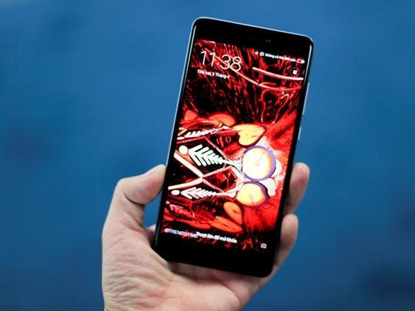 Chỉ có 5 triệu đồng, mua smartphone nào tốt nhất?