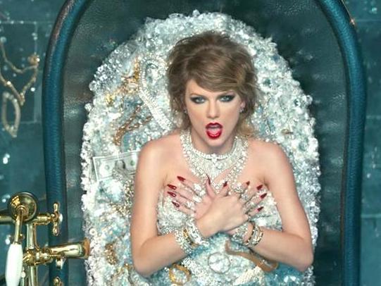 Infographic: Chỉ với 'Look What You Made Me Do', nữ hoàng kỉ lục gọi tên Taylor Swift