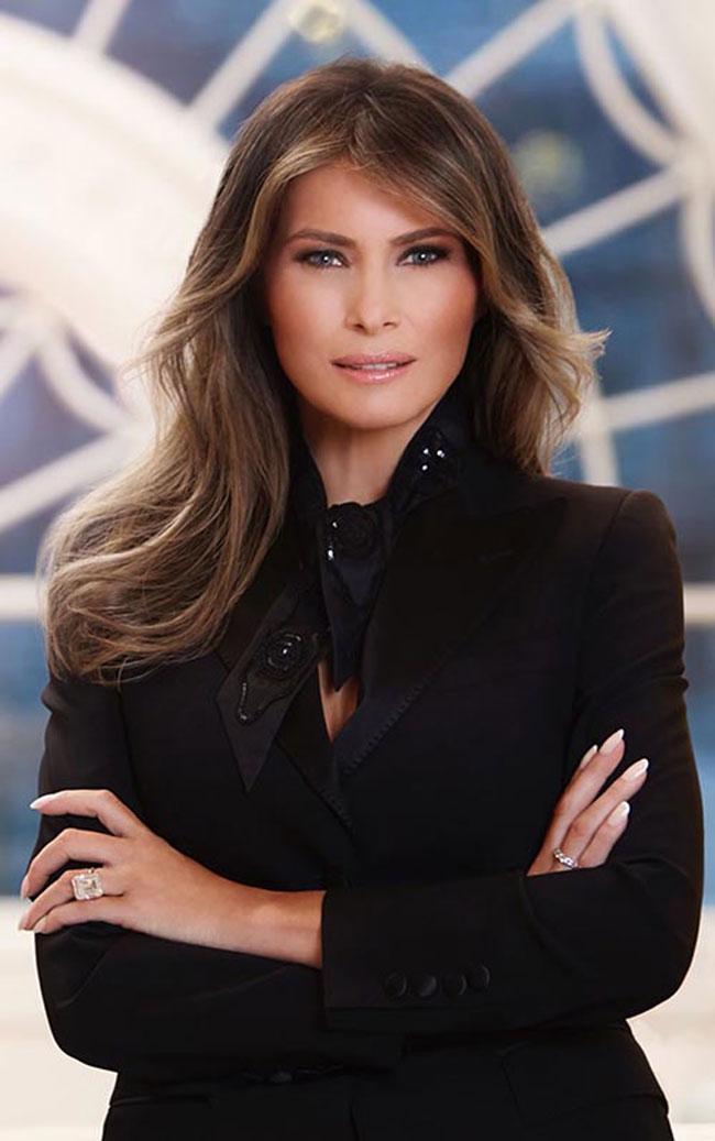 6 bộ cánh đẹp không thể chê của Melania Trump nhưng vẫn bị dân Mỹ chỉ trích tơi bời-3