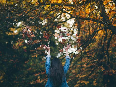 So với cảm giác yêu đơn phương hay thất tình thì độc thân vẫn còn dễ chịu hơn