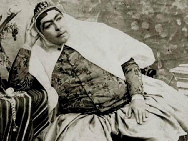 Sự thật về nhan sắc gây rúng động thế giới của người vợ được quốc vương Ba Tư sủng ái-1
